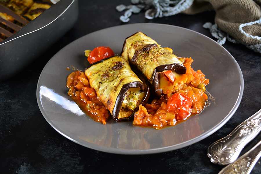 Eggplant Cannelloni Recipe with Tomato and Pepper Sauce