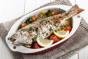 garlic trout with vegetables