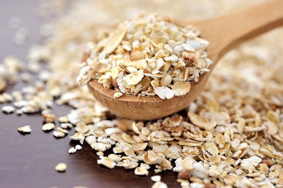 overnight oats pomegranate seeds